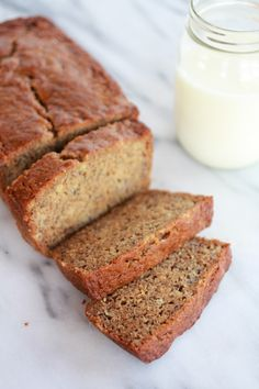 Whole Wheat Graham Cracker Banana Bread. This is the best banana bread I Have ever had and kids love it! Come find out my secret Ingredient! Best Banana Bread, Banana Bread Recipes, Graham Cracker Recipes, Most Delicious Recipe, Half Baked Harvest, Graham Crackers, I Love Food, Baking Recipes, The Best
