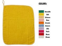 """Asciugamano asilo """"Semplice"""", con Asola di 8 cm per appendere (43x54 cm), lo trovi qui: http://www.coccobaby.com/prodotto/set-asilo-idee-regalo/asciugamani/788/asciugamano-asilo-semplice-colorato"""