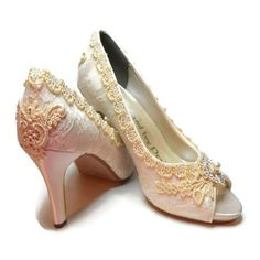 725a76b0b8d Lace Wedding Couture Bridal Shoes Bride s Shoes Lace and crystal Fairy...  ( 135