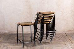 19 fantastiche immagini in stacked bar stool su pinterest sgabelli