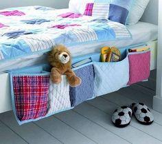 DIY : Hanging Bed Organizer • Canadian Savers