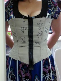How to fit a Simplicity 9769 corset - really good guide on how to get a good fit