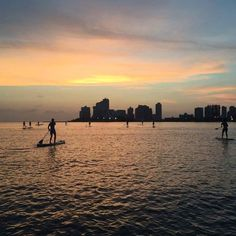 Sunset paddleboarding HH in Cartagena