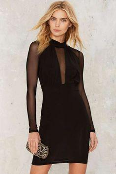 Lo que es un mini vestido de malla