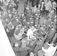 Police clashing with student protestors outside Hamilton Hall at Columbia University. John Lindsay, Vietnam War, Photo Credit, Hamilton, Columbia, The Outsiders, Police, University, Student