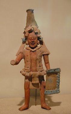 Guerrero maya en una estatuilla de la isla de Jaina, México