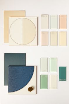 Joy Cho of Oh Joy! Breaks Down the Design of Her Glossy Showers Small Bathroom Inspiration, Bathroom Ideas, Bathroom Paint Colors, Soft Towels, Glass Shower, Blue Bedroom, Color Tile, Maine House, Beautiful Bathrooms