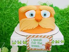 An idea for a Lorax themed cake! - A Southern Outdoor Cinema movie snack & food idea for outdoor movie events.