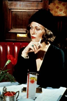 Faye Dunaway in 'Chinatown' (Roman Polanski, 1974)
