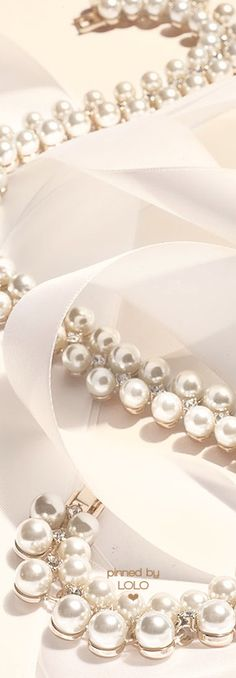 Cream pearls ✿⊱╮