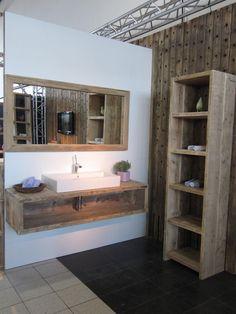 Badezimmer aus Bauholz