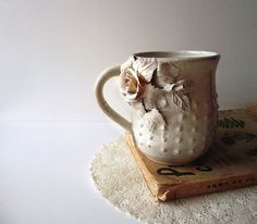 Roses Tea Cup Handmade Ceramics Stoneware cream by lofficina, Stoneware Mugs, Ceramic Cups, Vintage Cups, Vintage Tea, Arts And Crafts Movement, Tea Cups, Tea Party, Cream White, Handmade Ceramic