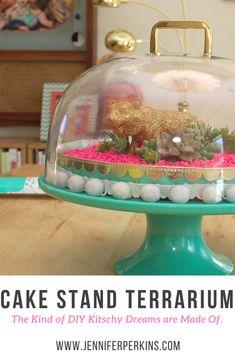 Kitsch Cake Stand Te