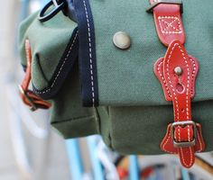 Zimbale Bag, Closure by Lovely Bicycle!, via Flickr. Good review of saddlebag compared with the Carradice