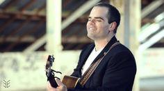 Event Entertainers - Simon Paparo - Guitarist & Vocalist