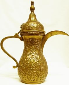 Barista Banter: Arabic Coffee: The Dallah (Arabic coffee pot)