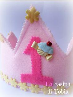 La Casina di Tobia: Coroncina di feltro per primo Compleanno