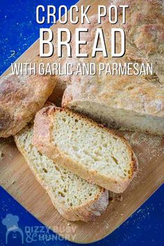Learn how to make garlic bread in a crock pot. Garlic Parmesan Bread Recipe, Crock Pot Bread, Best Crockpot Recipes, No Knead Bread, Easy Bread, Fresh Bread, Artisan Bread, Rolls Recipe, How To Make Bread