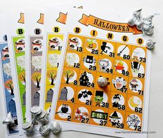 Heres a fabulous game for your home or school Halloween parties. Halloween Bingo is a fun game for any age. You get 15 unique Bingo sheets in Classroom Halloween Party, Halloween Games For Kids, Kids Party Games, Halloween Birthday, Halloween Activities, Halloween Themes, Halloween Crafts, Game Party, Halloween Parties