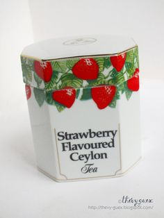 Vintage Strawberry Ceylon White Porcelain China by goodiesoldies