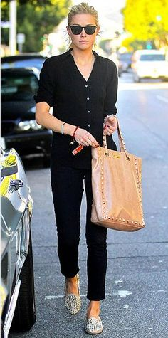 black shirt, black skinnies, studded flats...edgy classic yet chic