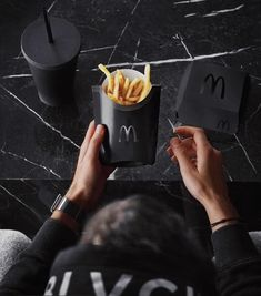 Mac Donald's need this black edition in their life don't you think? See more at Slay Lifestyle White Aesthetic, Aesthetic Vintage, Black Love, Black And White, Black Heart, Black Packaging, Walpaper Black, Goth Model, Lovers Photos