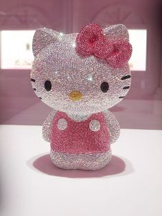 Hello Kitty.. Sparkle & Bling!