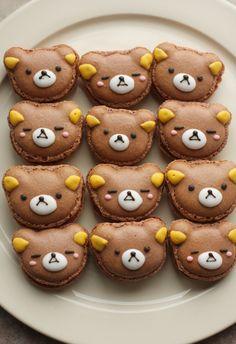 Wonderfully cute little rilakkuma face macarons. Cute Desserts, Dessert Recipes, Desserts Japonais, Cute Food, Yummy Food, Macarons, Kawaii Dessert, Cute Cookies, Bear Cookies