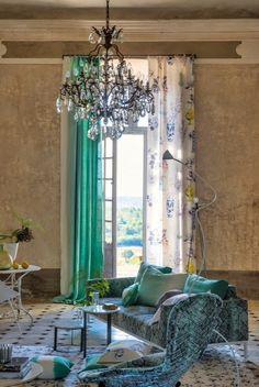 Atelier Anne Lavit Tapissier Décorateur 69007 Lyon: DESIGNERS GUILD Designers Guild, Tricia Guild, Decoration, Window Treatments, Relax, Windows, Curtains, Bedroom, Lyon