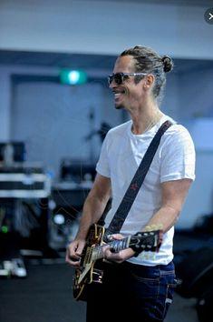 Chris Cornell. ❣Julianne McPeters❣ no pin limits