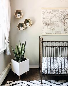 Gender neutral nursery, baby boy nursery, modern boho baby nursery, modern nursery decor, world map theme nursery, dinosaur nursery, black and white gender neutral nursery, baby nursery idea, nursery decor