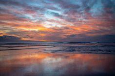 Himatangi Beach, New Zealand this evening #sunset #himatangibeach #thisismanawatu #beachlife #lifesabeach #canon6dmarkii #ourplace #home #purenewzealand…
