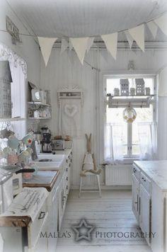 Elämää villa honkasalossa: Ajatuksia köökistä