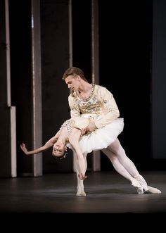 "Alina Cojocaru and Rupert Pennefather in ""Diamonds"" from Balanchine's ""Jewels"" Photo © Johan Persson / ROH."