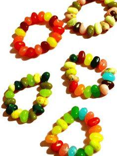 Cute Easter/spring craft for kids: jelly bean bracelets! Hoppy Easter, Easter Bunny, Easter Eggs, Easter Activities, Activities For Kids, Holiday Crafts, Holiday Fun, How To Make Jelly, Making Jelly