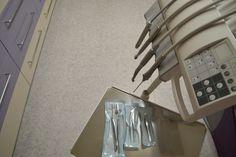 Bucura-te de tratamente stomatologice de cea mai buna calitate cu ajutorul echipei de medici dentisti de la Cabinet Stomatologic Dr. Cristina Mihai de pe Aleea Martir Istvan Andrei nr 10.