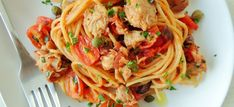 Tomatoes and tuna pasta sauce. Using whole wheat pasta makes this simple recipe twice as good. Italian Tuna, Spaghetti, Cooking Tomatoes, Tuna Pasta, Whole Wheat Pasta, Red Sauce, Pasta Recipes, Italian Recipes, Main Dishes