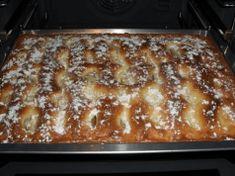 Koláč chutnější než dort: Recept na krémový jablečník se smetanovou náplní!