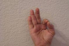 A basic guide for a beginner yogi on various yoga Mudras (position of fingers, benefits, best time for practice and associated chakra) Yoga Kundalini, Pranayama, Yoga Meditation, Ashtanga Yoga, Health Benefits, Health Tips, Health Practices, Gyan Mudra, Eyesight Problems