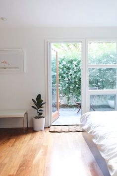 ~ Bedroom vibes | White | Light | Sanctuary