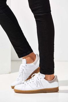 adidas Originals Stan Smith Gum Sole Sneaker - Urban Outfitters