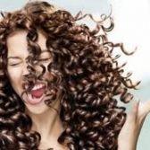 Cuidados básicos del cabello rizado