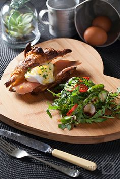 Food Photography : Breakfast croissant at Jason's Hill Bistro in Rawsonville