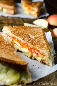 This Grilled Cheese and Apple Sandwich is rich and cheesy with a little crunch and a touch of spice. The Sriracha Butter adds just right amount of heat to take this classic sandwich up a level. Apple Sandwich, Best Sandwich, Sandwich Recipes, Sandwich Board, Veggie Sandwich, Sriracha Recipes, Spicy Recipes, Cooking Recipes, Vegetarian Recipes