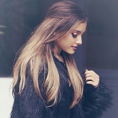 Image via We Heart It https://weheartit.com/entry/153968467 #ariana #grande