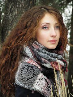 Hand knitted shawl  knit shawl  handmade knit shawl от TominasName
