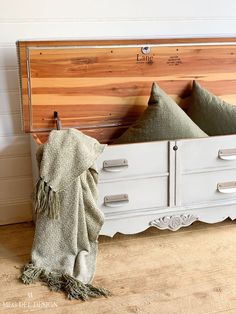 Annie Sloan Paris Grey Chalk Paint Finished Chest. This is perfect for the end of a master bed. Storage for extra blankets and pillows! #megdeldesign #paintedfurniture #anniesloanchalkpaint #parisgrey