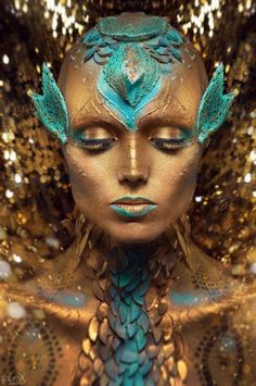 Galaxy Makeup and Other Special Effects You've Gotta See to Believe . Galaxy Makeup and Alien Makeup, Sfx Makeup, Costume Makeup, Fish Makeup, Gold Makeup, Makeup Brushes, Hd Make Up, Make Up Art, See Tattoo