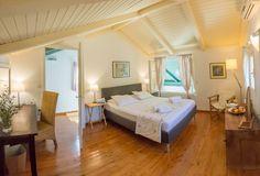 Interior design of villa Kiparissi! Island Life, Islands, Greece, Villa, Interior Design, Bedroom, Furniture, Home Decor, Greece Country