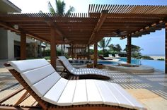 Breathtaking exclusive villa located on beautiful Mexican beach